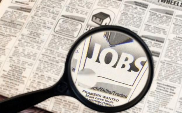Adevarul: România şomerilor cu diplomă. Ce salarii îşi doresc tinerii şi ce fel de locuri de muncă ar accepta